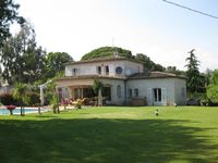 Lovely villa with great facilities.