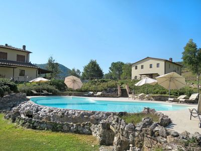 Photo for One bedroom Villa, sleeps 4 in Il Porcello with Pool and WiFi