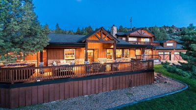Photo for Peaceful Bend Country Lodge Retreat, Pastoral Mt Views, w/ Deschutes R. Below