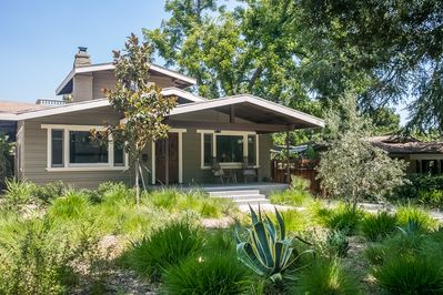 1914 Airplane Bungalow in Historical Bungalow Heaven