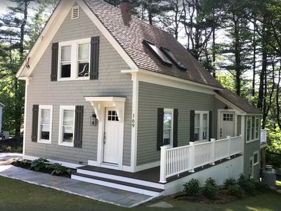 Chic Kennebunkport Cottage - Close to Beaches & Shops