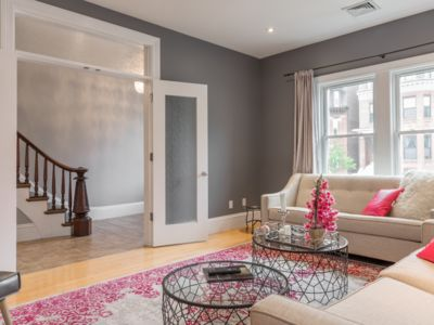 Photo for Magnificent 5 BR, Boston, free Parking 1 car, BCEC