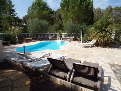 Photo for Provencal villa any comfort with swimming pool 8 pers
