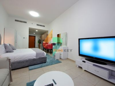 Photo for Spacious Furnished Studio Apartment in Palace Tower