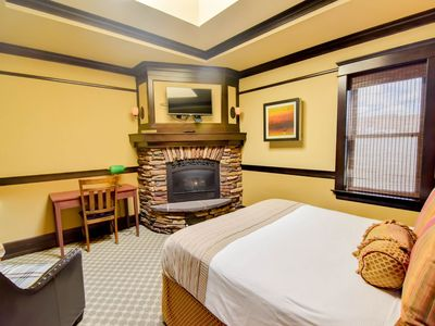 Photo for Exclusive adults suite w/ spa tub, fire place & on site restaurant.
