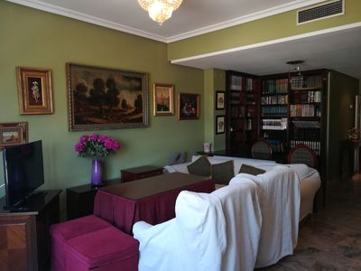 Photo for In Triana, spacious, bright and quiet area.