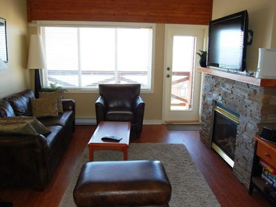 Photo for Big White Trappers Crossing #22: 3 Bedroom Premium Condo + Hot Tub