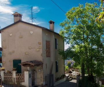 Photo for 2BR Villa Vacation Rental in LUCCA