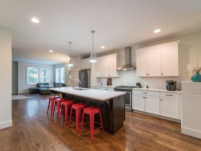 Music City Townhomes Unit C - Only 1.5 from downtown Nashville