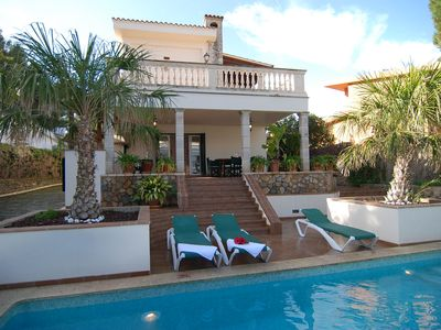 Photo for Elegant Villa with private pool and BBQ. Only 100 m. from sandy beach. Wifi zone