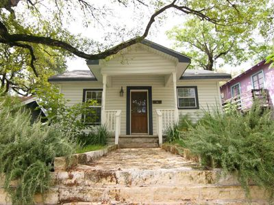 Photo for Clarksville Cottage - 1.5br/1ba - Very close to downtown