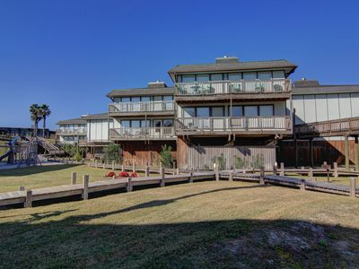 Photo for 2 Bedroom 2 Bath condo with incredible Gulf Views. Heated Pool!