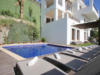 Photo for Exclusive Villa in Benahavis Hills Country Club with Spa, Gym, Indoor Pool