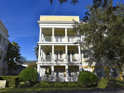 Photo for Well-Appinted 3 Bed/2 Bath in Terraces at Reunion Resort, WiFi, Resort Pool
