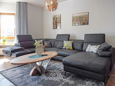 Photo for Cosy apartment for 5 guests with WIFI, TV, pets allowed and parking