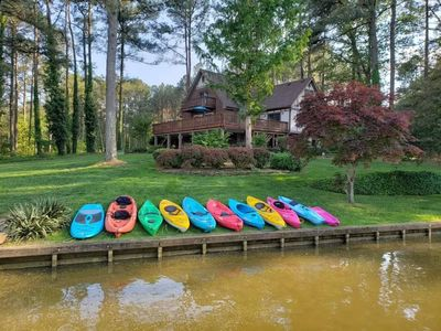 Photo for 5 Beds, 3 Baths, 14 Guests, Tiki Bar Boatouse, Kayaking, Fishing, Volleyball, Frisbee Golf, Firepit