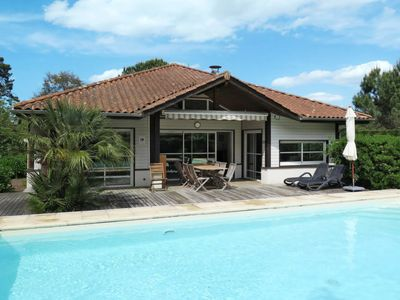 Photo for 4 bedroom Villa, sleeps 10 in Moliets-et-Maa with Pool and WiFi