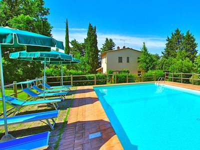 Photo for Lovely villa with private swimming pool and gardens in Castel San Gimignano