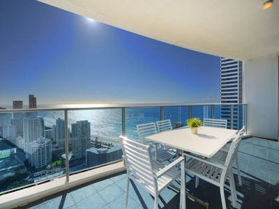 Photo for ❤️2 bedroom Residence above Hilton - Level 22. Wi-Fi