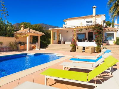 Photo for This 3-bedroom villa for up to 6 guests is located in Estepona and has a private swimming pool, air-