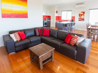 Min lounge area & kitchen - Amaroo on Coronet Bay