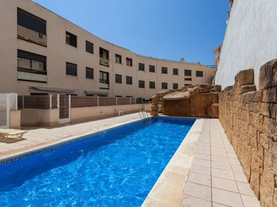 Photo for l'Hospitalet de l'Infant Holiday Home, Sleeps 6 with Pool, Air Con and Free WiFi