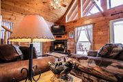 Cozy Cabin with Mountain Views in Gatlinburg! Hot Tub - WiFi - Fireplace - Minutes to Attractions!