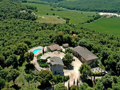 Photo for Holiday home with panoramic pool in the heart of Tuscany, near Siena