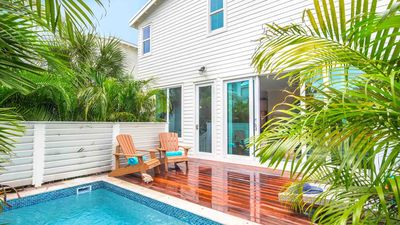**SOUTHERNMOST VISTAS @ OLD TOWN** Stunning Views & Pool + LAST KEY SERVICES..