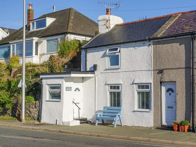 Photo for 1 Sea View, CONWY
