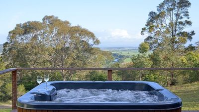 Photo for POLEHOUSE COTTAGE - located at Hunter Valley