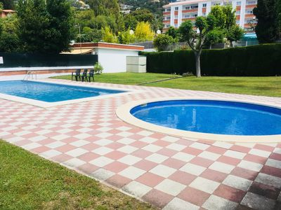 Photo for RENOVATED BUNGALOW, 4 PERS.With large POOL, TERRACE in BEACH and LOCAL NEAR