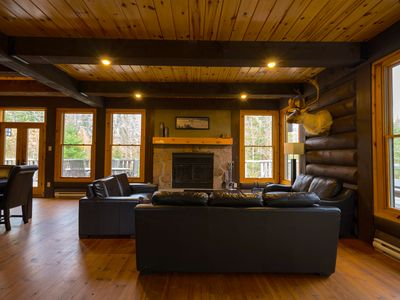 Photo for A large & cozy cabin with private spa and fireplace by Mont Tremblant