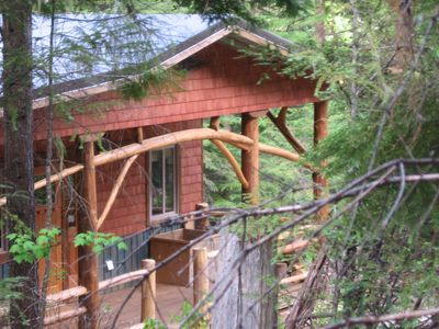 Photo for Kootenay Huts, Organic  Full Comfort Forest Hide-Away