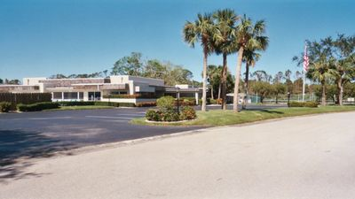 Photo for Vista St Lucie - Condo - Patio - Pool - Tennis - Beach  Nearby - Relaxation