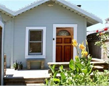 1BR/1BA Cottage in Santa Cruz, California - Evolve Vacation Rental Network