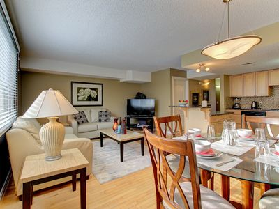 Photo for V. NICE 2BR T/HSE FACING FH HOSP, MINS TO U OF C,  D/TOWN, SLEEPS 4
