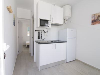 Photo for 1 Bedroom apartment with A/C and double bed in Usera SAN2