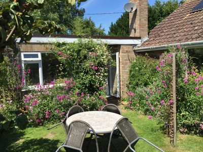 Photo for 4 * Holiday Cottage In Lovely Sleepy Village