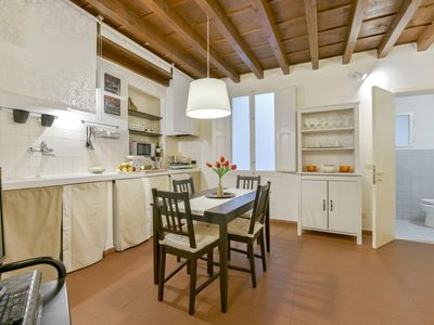 Photo for Ginevra Suite apartment in Duomo with WiFi, integrated air conditioning & lift.