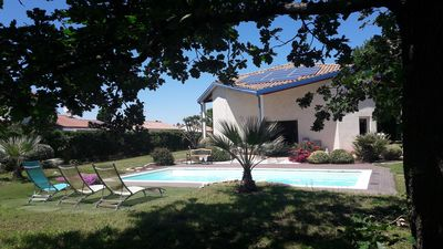 Photo for Nice house with pool in a large garden