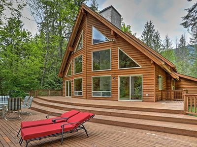 Photo for Luxury Baring Lodge w/ Views on Skykomish River!