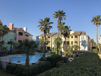 Photo for Galveston luxury condo with sunset and gulf view.