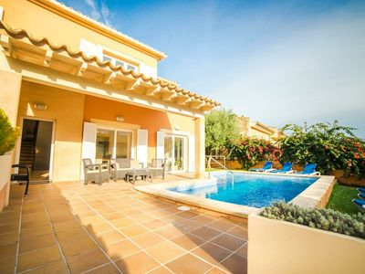 Photo for Spacious Villa with a Private Pool in Alcudia Majorca