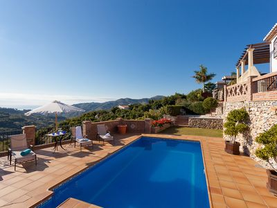 Photo for Luxury villa with pool overlooking Frigiliana and mountains. Sleep 6
