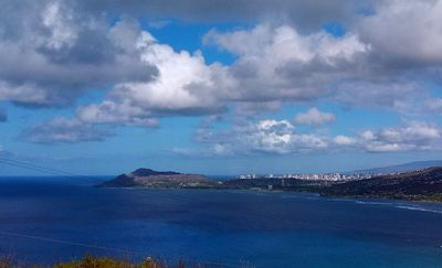 Diamond Head and Honolulu from Kokohead Trail