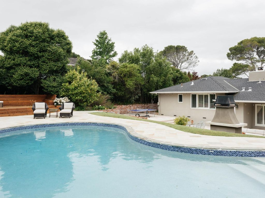 Pool Top Place - luxury 4 bedrooms serviced apartment - Travel Keys