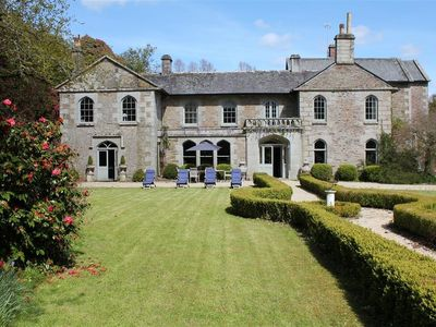 Photo for Kings, LOSTWITHIEL