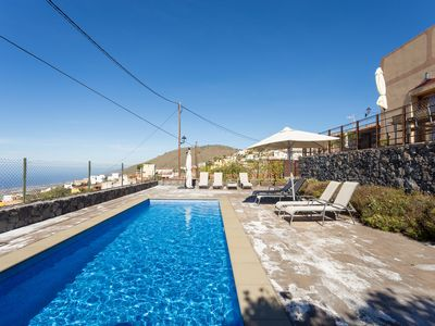 Photo for Rural house with wonderful views of three Canarian islands and spectacular sunset