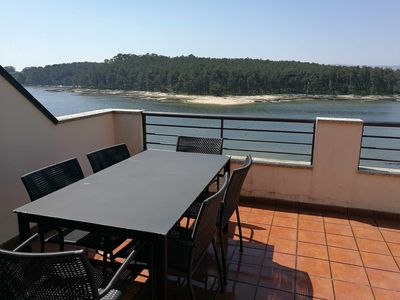 Photo for Apartment in Carril with terrace and sea views